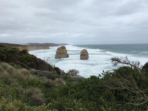 Image of the 12 Apostles from opposite angle.